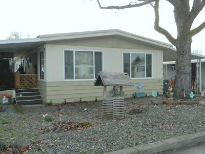 Grants Pass Mobile Home For Sale: 965 Roguelea Lane