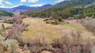 White City Single Family Home For Sale: 20002 E Evans Creek Road