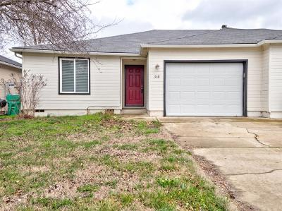 Eagle Point Single Family Home For Sale: 338 Fargo Street