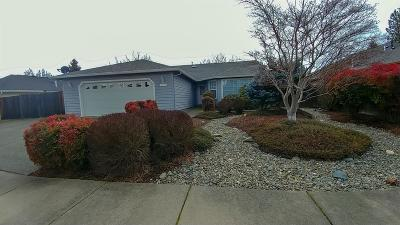 Grants Pass Single Family Home For Sale: 514 SW Anique Lane