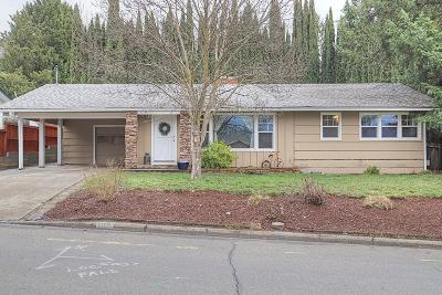 Grants Pass Single Family Home For Sale: 1165 NE 10th Street