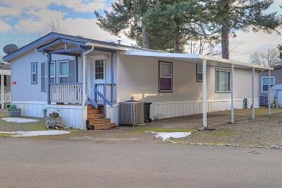 Cave Junction Mobile Home For Sale: 222 Ollis Road #83