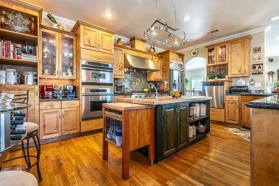 Jackson County, Josephine County Single Family Home For Sale: 280 Penny Lane