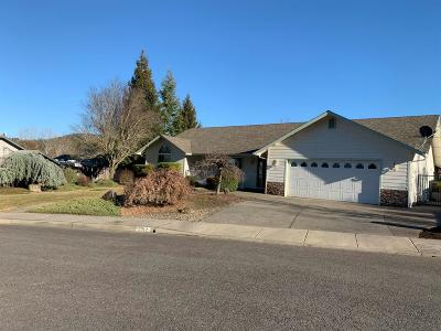 Grants Pass OR Single Family Home Pending: $299,900