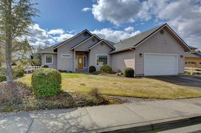 Grants Pass Single Family Home For Sale: 157 Whispering Drive