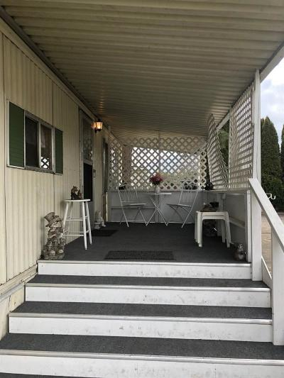 Medford Mobile Home For Sale: 4069 Pacific Highway #121