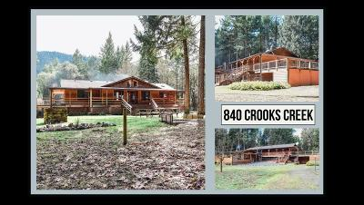 Selma, Wilderville Single Family Home For Sale: 840 Crooks Creek Road