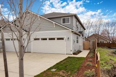 Medford Single Family Home For Sale: 679 Kaitlin Lane