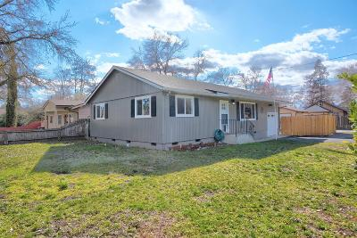 Medford Single Family Home For Sale: 1126 Saling Avenue