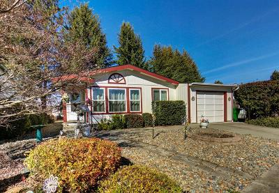 Grants Pass OR Mobile Home For Sale: $196,500