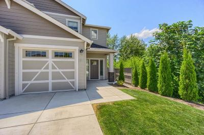 Medford Condo/Townhouse For Sale: 3840 Creek View Drive