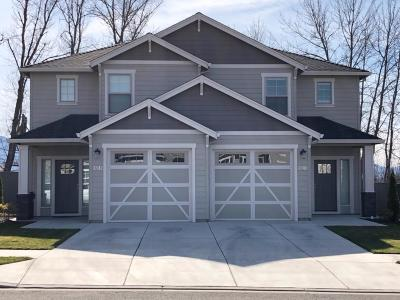 Medford Condo/Townhouse For Sale: 3842 Creek View Drive