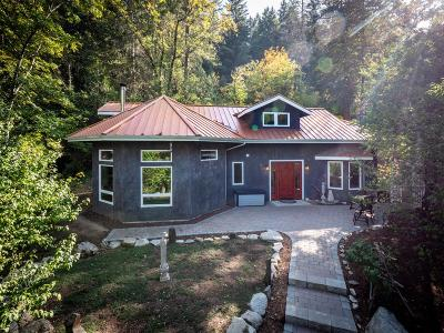 Ashland Single Family Home For Sale: 2000 Tolman Creek Road