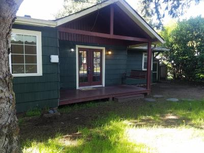 Grants Pass OR Single Family Home For Sale: $219,000