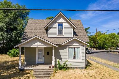 Medford Single Family Home For Sale: 263 Beatty Street