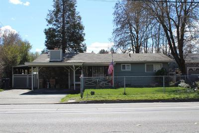 Grants Pass Single Family Home For Sale: 935 SW Bridge Street