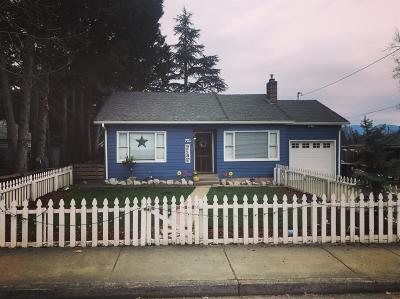 Grants Pass Single Family Home For Sale: 721 NE Savage Street