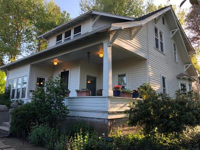 Medford Single Family Home For Sale: 1306 S Columbus Avenue