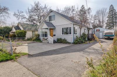 Medford OR Single Family Home For Sale: $235,000