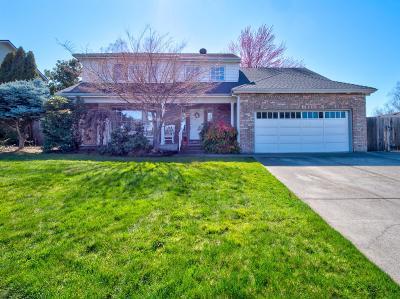 Single Family Home For Sale: 2736 Cedar Links Drive