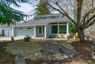 Medford Single Family Home For Sale: 2777 Aldersgate Road