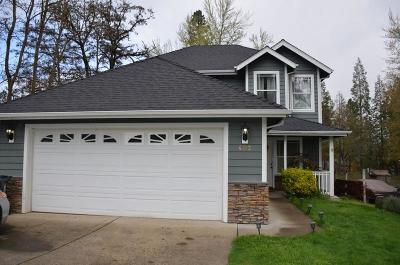 Josephine County Single Family Home For Sale: 402 NW Pleasant View Dr. Drive