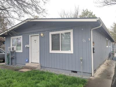 Medford OR Multi Family Home Pending: $234,900