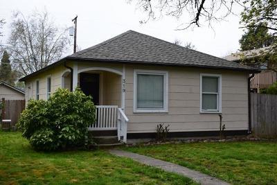 Josephine County Single Family Home For Sale: 319 SE J Street