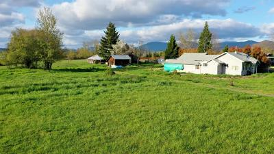 Grants Pass OR Single Family Home For Sale: $199,000