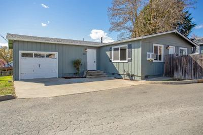 Josephine County Single Family Home For Sale: 1810 NE D Street