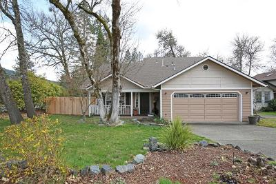 Grants Pass OR Single Family Home For Sale: $269,000