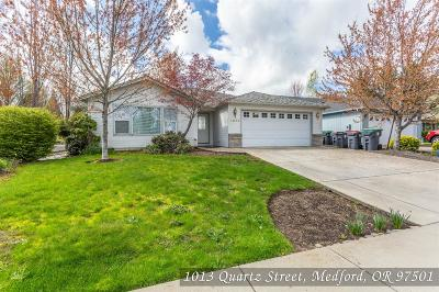 Medford Single Family Home For Sale: 1013 Quartz Street