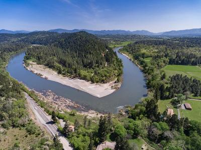 Josephine County Single Family Home For Sale: 4621 Riverbanks Road