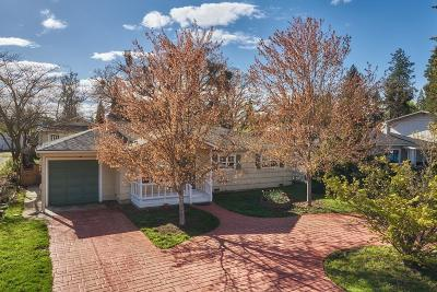 Medford Single Family Home For Sale: 358 Highland Drive