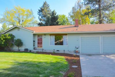 Medford Single Family Home For Sale: 1408 Siskiyou Boulevard
