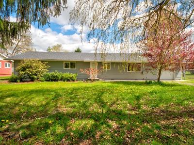 Grants Pass Single Family Home For Sale: 181 Glen Drive
