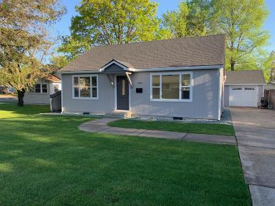 Medford Single Family Home For Sale: 1048 W Twelfth Street