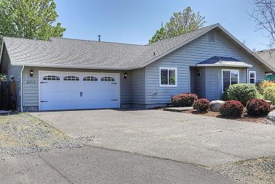 Grants Pass Single Family Home For Sale: 2719 Esther Lane
