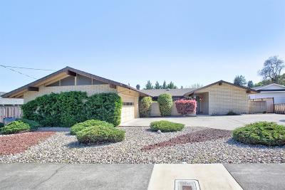Merlin, Sunny Valley, Wimer, Rogue River, Wilderville, Grants Pass Single Family Home For Sale: 729 NW Sandy Drive