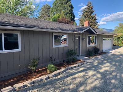 Grants Pass Single Family Home For Sale: 197 Sky Crest Drive