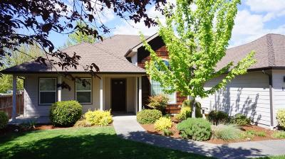 Grants Pass Single Family Home For Sale: 896 W Harbeck Road