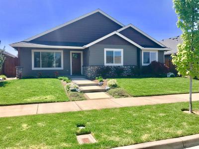 Grants Pass Single Family Home For Sale: 2721 SW Elmer Nelson Lane