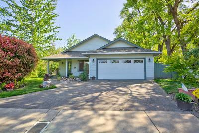Grants Pass Single Family Home For Sale: 2949 SW Eastwood Lane