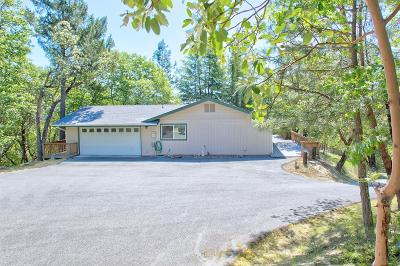 Grants Pass Single Family Home For Sale: 3232 Campus View Drive