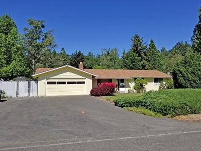 Grants Pass OR Single Family Home For Sale: $259,000