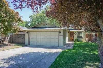 Medford Single Family Home For Sale: 1755 Hart Street