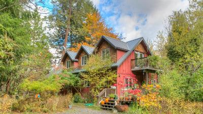 Ashland Single Family Home For Sale: 1978 Old Siskiyou Highway