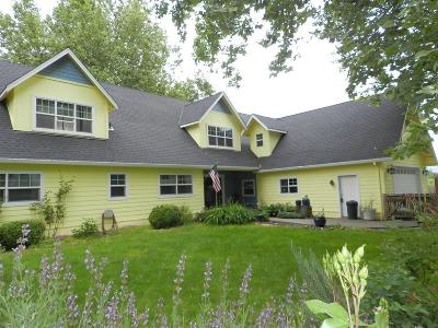Medford Single Family Home For Sale: 1481 Kings Highway