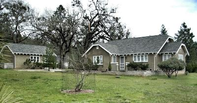 Cave Junction Single Family Home For Sale: 140 Tycer Crossing