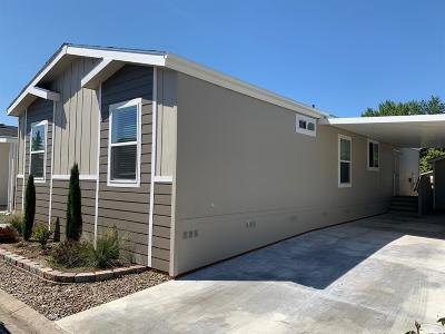 Medford Mobile Home For Sale: 3555 S Pacific Highway #227